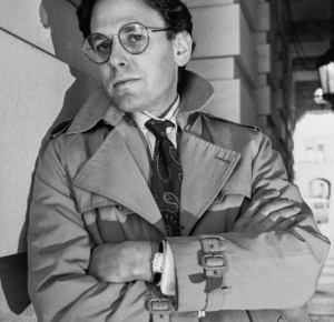 Sidney Blumenthal, Hillary's trusted friend! 819 Hits