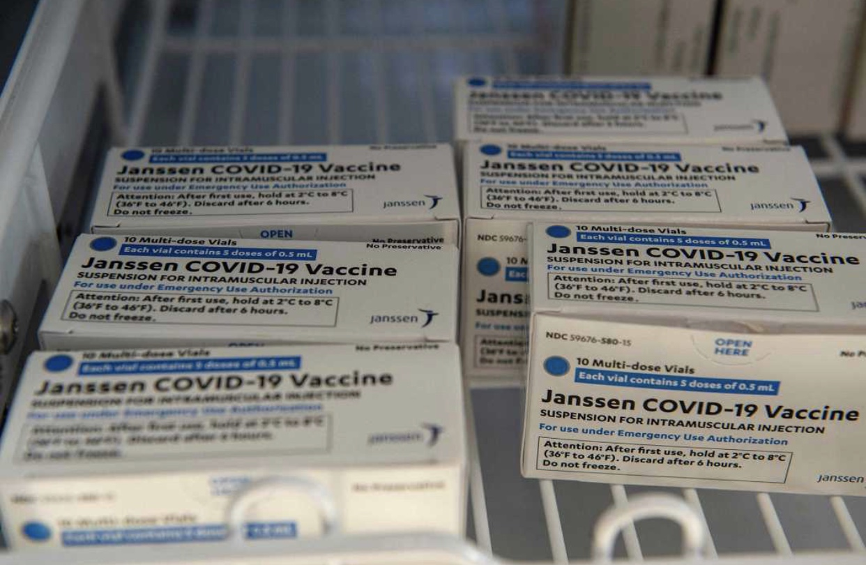 US Stops J&J COVID-19 Vaccine After 6 Woman Developed Blood Clots